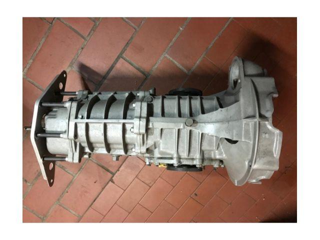 915 Getriebe für Mittelmotor Fahrzeuge mit Porsche 911 Motor