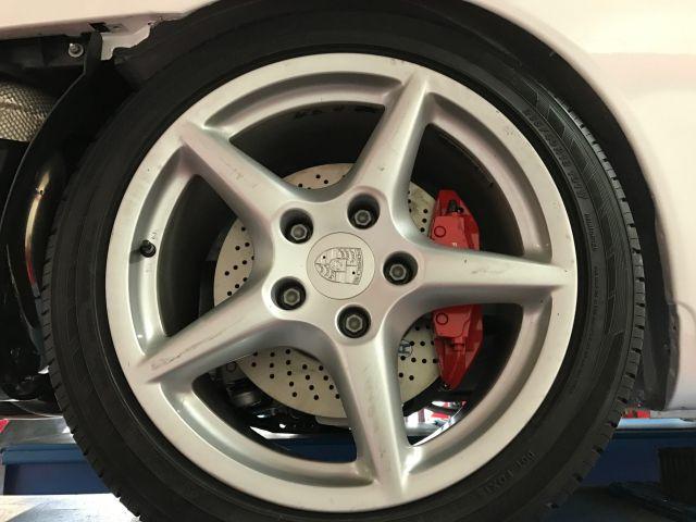 997 Porsche Carrera Bj. 2005 Radsatz 18 Zoll gebraucht mit guten Reifen