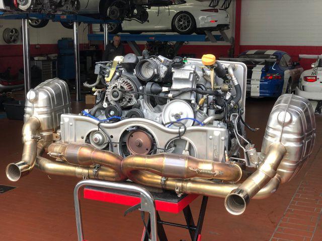 Cayman Porsche door Carbon with frame
