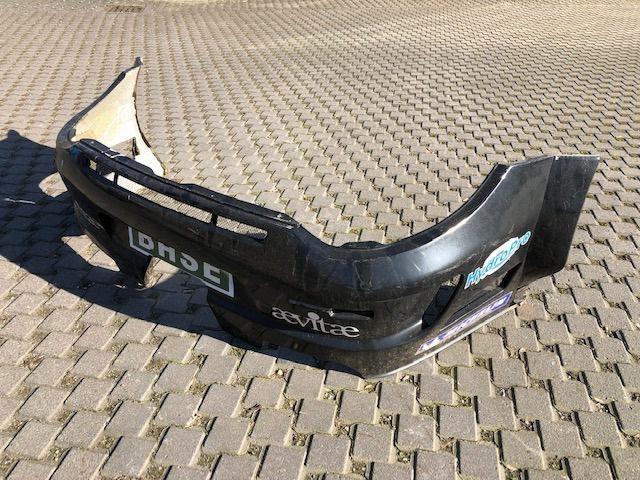 997 GT3 R Stand 2010 Heckstange Stoßfänger hinten Carbon beschädigt