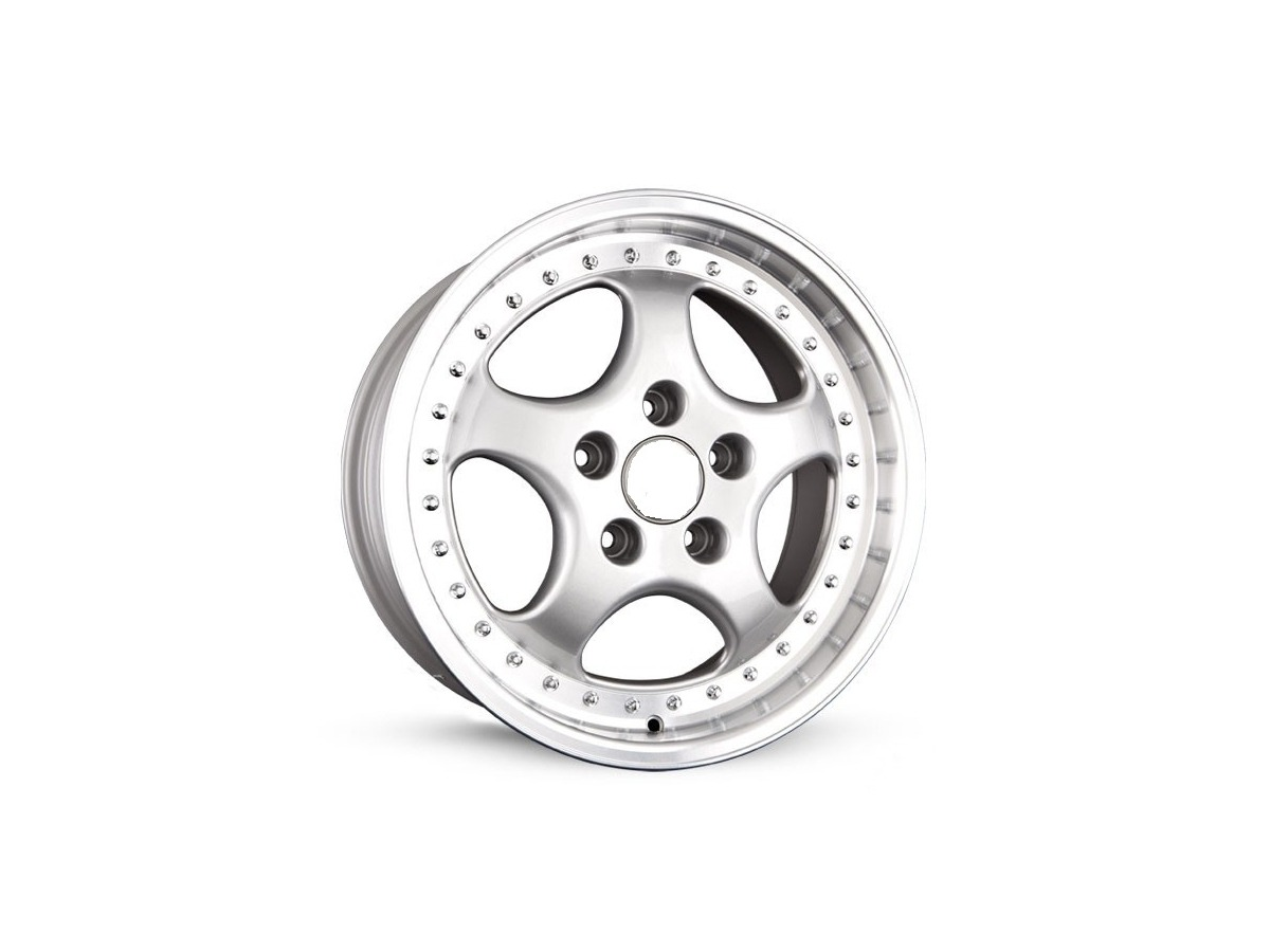 928 - 944 - 964 - 968 - 986 - 993 - 996 Radsatz silber18 Zoll im CUP Design