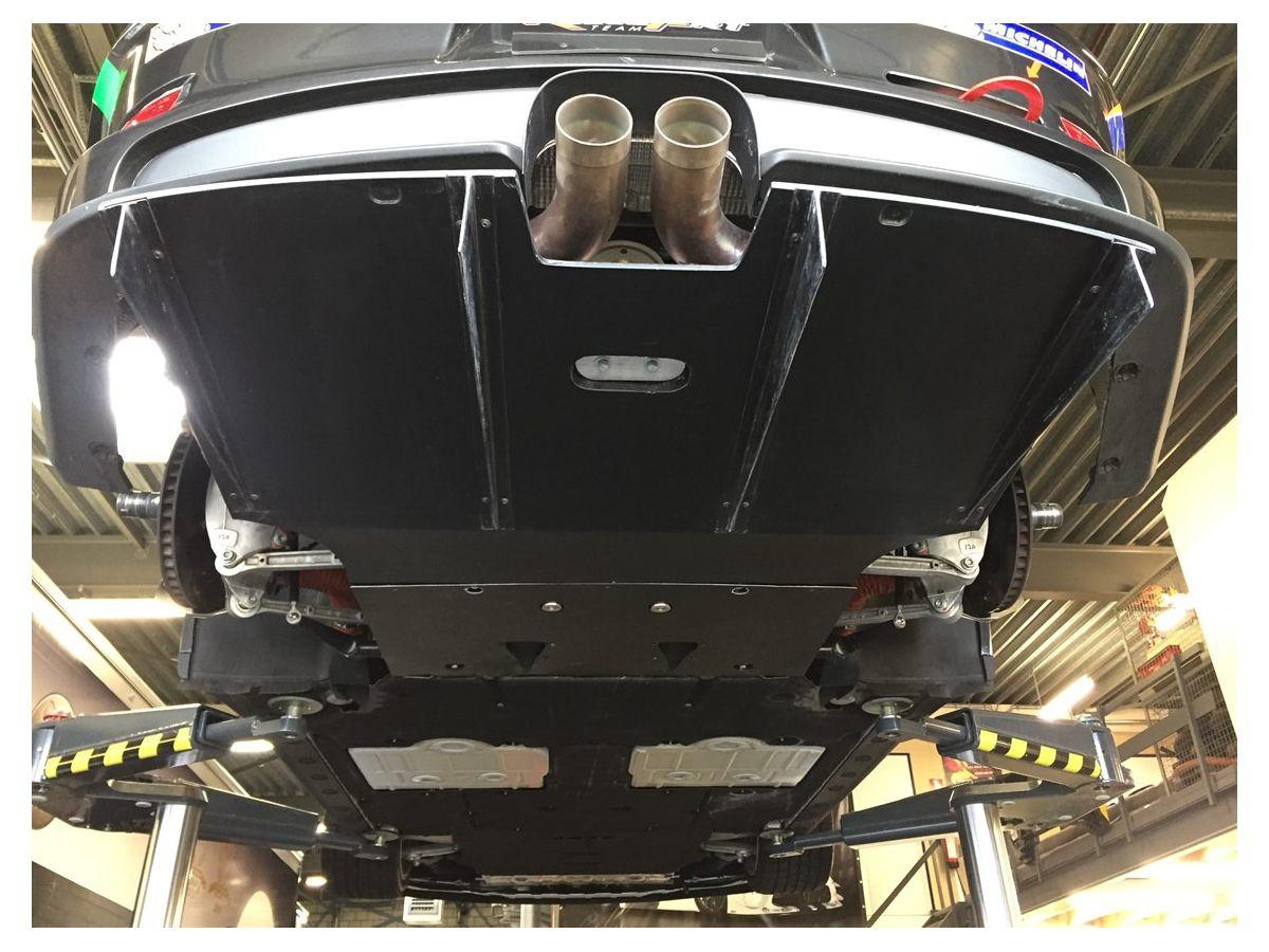 991 GT3 Cup Diffusor und Getriebeboden für Porsche