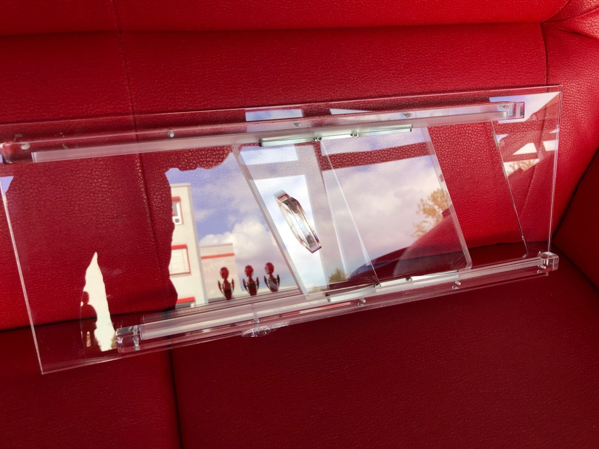 Sliding window made of acrylic for retrofitting for racing cars