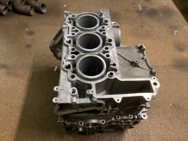 986 Boxster engine housing 2.7 liter hull engine block