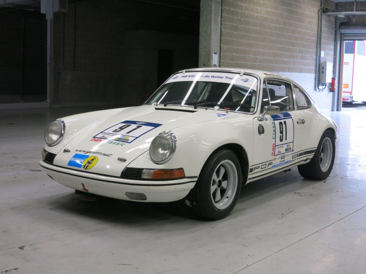 911 - 2,5 ST Kotflügel vorn für Porsche Blinker und Standlicht integriert