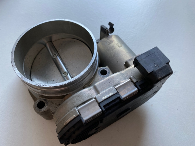 997 Turbo GT2 throttle valve Porsche 911