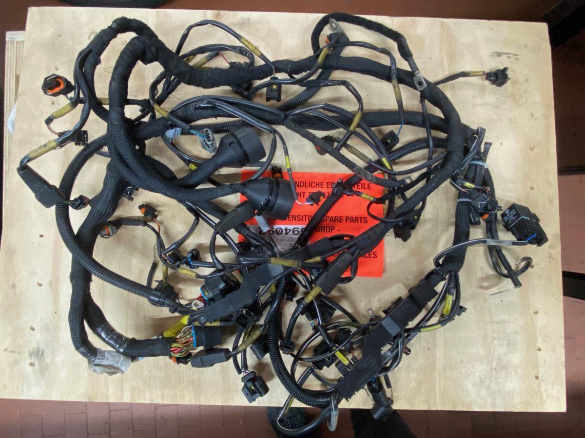 991 GT3 Cup wiring harness engine Porsche racing car Gen.1