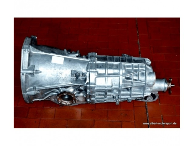 997 Carrera 4 Porsche gearbox (used) on request.